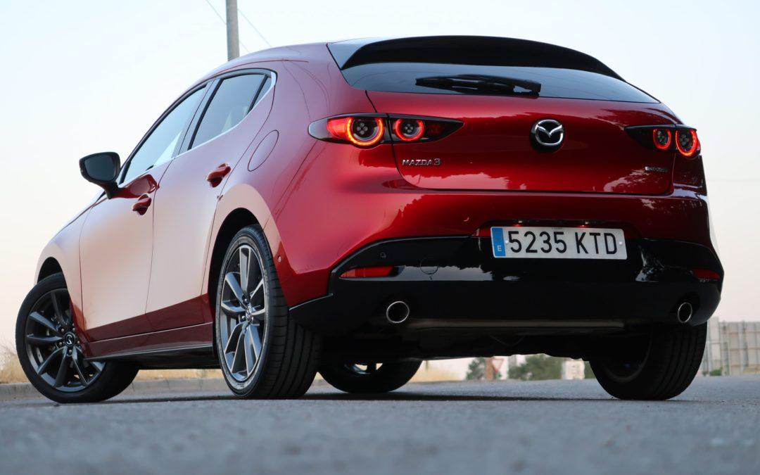 Probamos el nuevo Mazda 3, que tiemblen las marcas premium